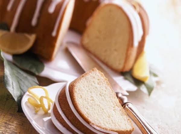 Buttermilk Lemon Pound Cake Recipe