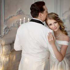 Bryllupsfotograf Lyubov Pyatovskaya (Lubania89). Bilde av 12.02.2017