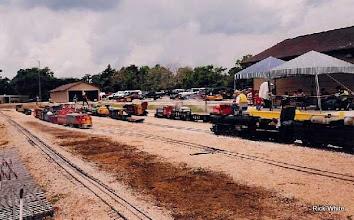 Photo: Cypress Creek Station and Yard   SWLS - HALS 2001-0526