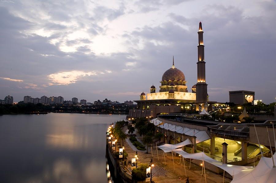 Putrajaya-Malaysia by Max Ng - City,  Street & Park  Historic Districts