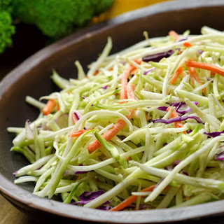 Super Healthy Clean Eating Coleslaw With The Spiralizer.