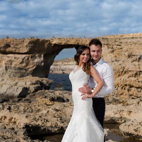 Wedding photographer Przemysław Boniecki (PrzemyslawBoni). Photo of 01.12.2016