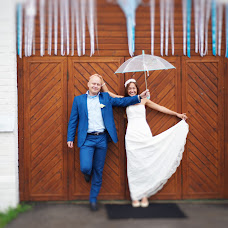 Wedding photographer Olga Tyurina (Annenkova). Photo of 08.03.2014