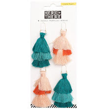 Crate Paper Tiered Tassels 4/Pkg - Here & There UTGÅENDE