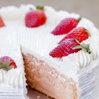 Strawberry Cake Recipe!
