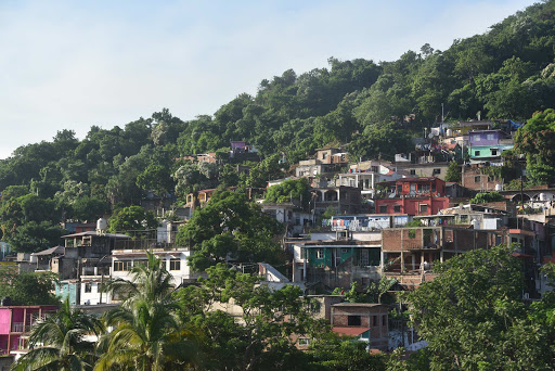 Manzanillo hillside.jpg - Houses atop hills along the bay of Manzanillo.