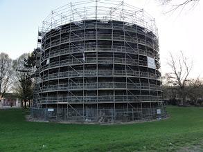 Photo: De toren is nog steeds in herstelling