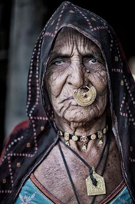 Donna Bishnoi e il suo accessorio! di Jackass1991