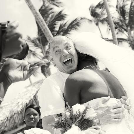 Wedding photographer Aleksey Beloze (Beloze). Photo of 13.05.2016