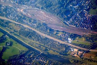 Photo: Rhein-Herne-Kanal, Emscher, A42 und Bahnhof Oberhausen