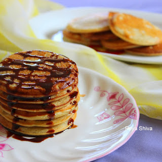 Eggless Whole Wheat Banana pancakes