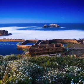 Reborn civilization by Mehdi Laraqui - Landscapes Starscapes ( sutra baths, old, sky, colors., nice, ocean, night, architecture, landscape, motion,  )