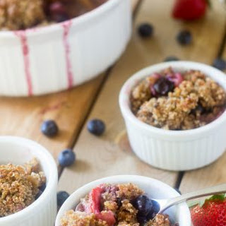 Berry Crumble Breakfast Bake {Paleo & Vegan}