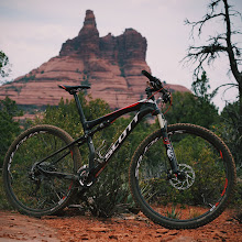 Photo: Stopped at Bell Rock for this photo of the Scott Spark 910, a bike that confidently took me to the next location to shoot, like a dry creek bed or red-rock vista.