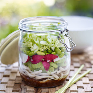 Love the Crunch noodle kilner jar salad