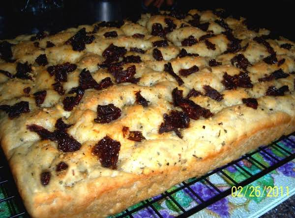 Italian Herb & Sun-dried Tomato Focaccia Recipe
