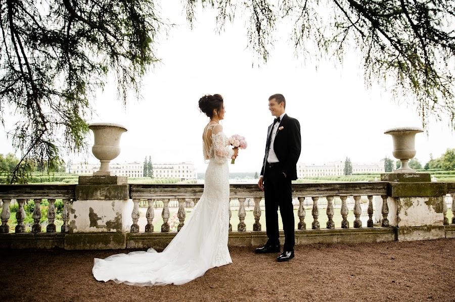 Wedding photographer Aleksandra Kharlamova (akharlamova). Photo of 22.10.2017