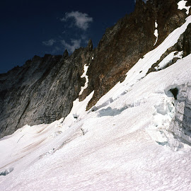 Winter Treking by Rev Marc Baisden - Landscapes Mountains & Hills ( northwest cascades, climbing, adventure, seasons, snow, travel )