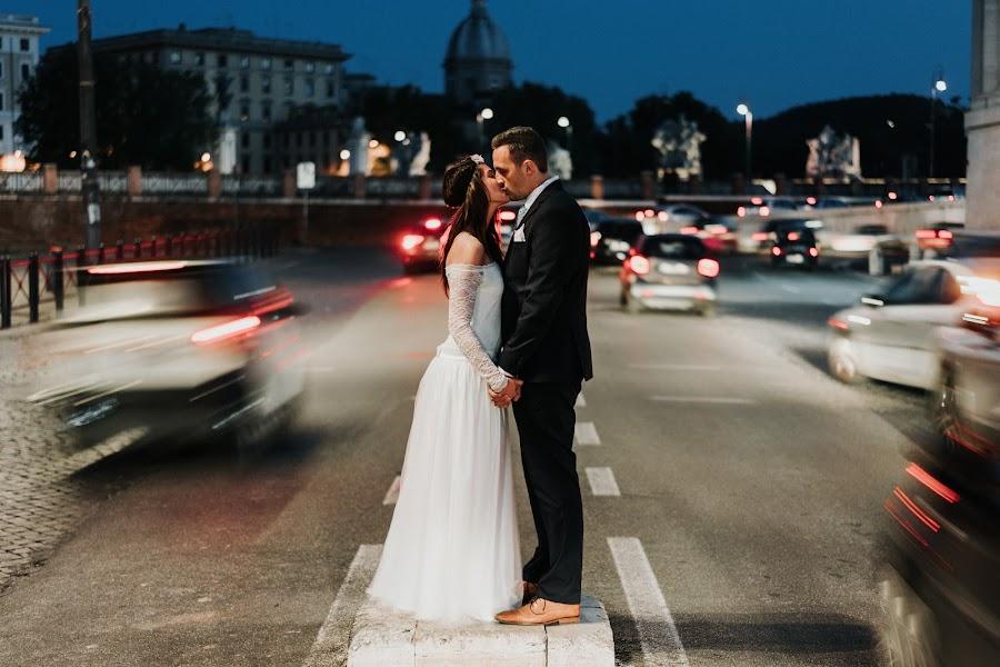 Wedding photographer Szabolcs Locsmándi (locsmandisz). Photo of 09.06.2019