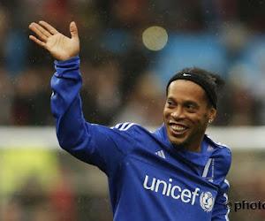 Un mythe prend fin: Ronaldinho raccroche !