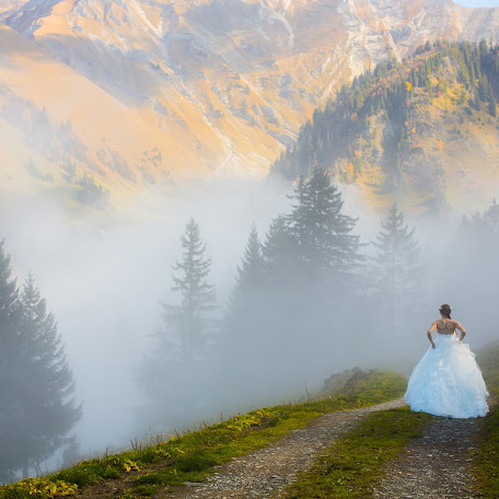 Wedding photographer Aurélie Felli (Creationphoto). Photo of 05.10.2017