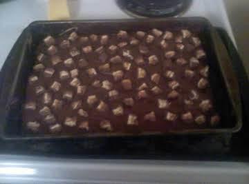 Snicker Candy Bar Cake