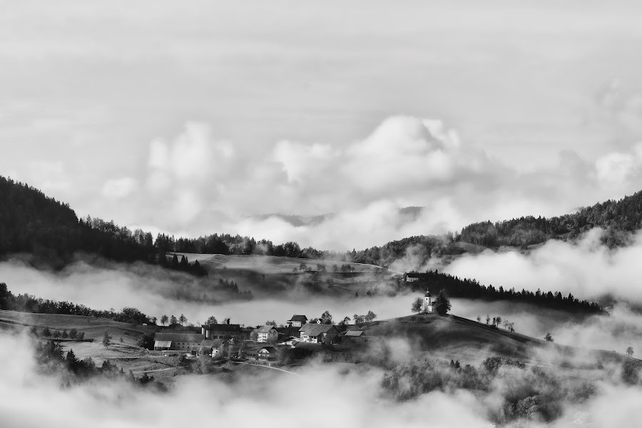Megle okoli vasi by Milan Mihalič - Black & White Landscapes
