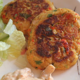 Salmon Patties with Chipotle Aioli