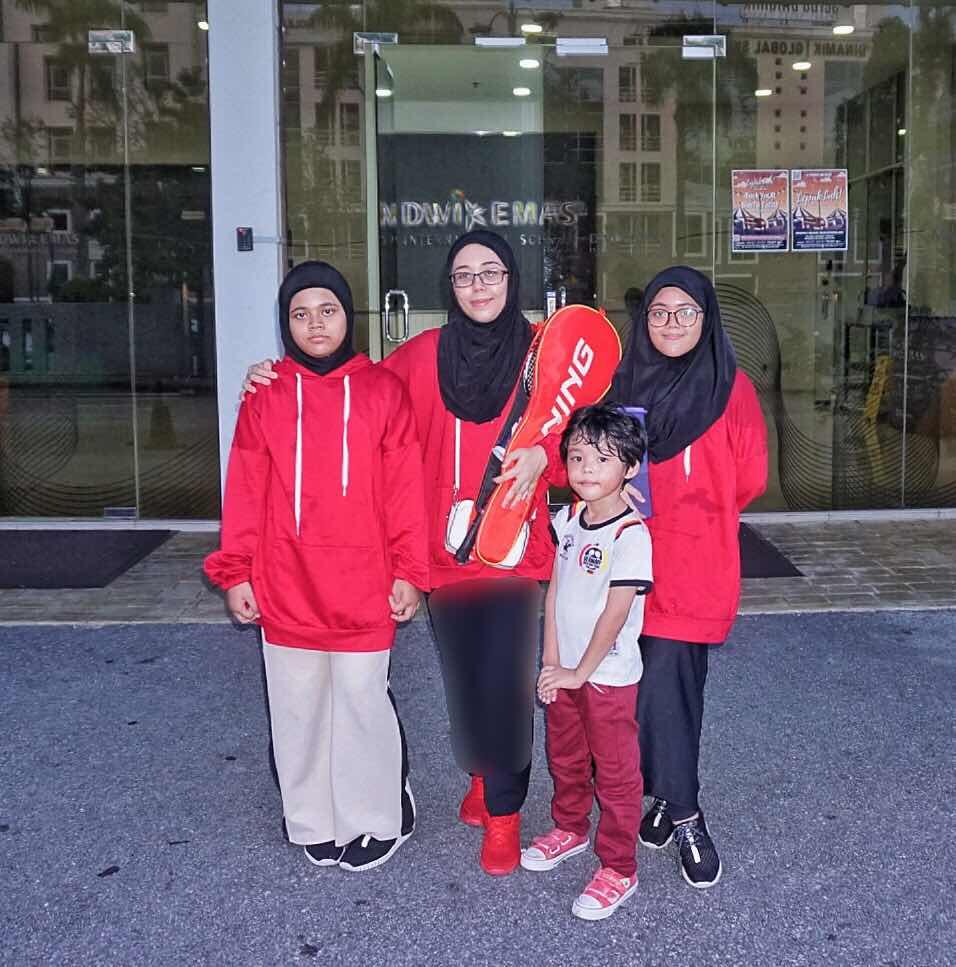 sewa gelanggan badminton di shah alam 2019