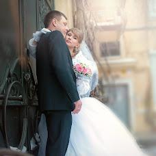 Wedding photographer Yuliya Vostrikova (Ulislavna). Photo of 11.02.2014