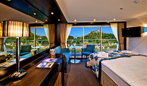 Avalon-Vista-Panorama-Suite - Wake up to beautiful Europe gliding by your Panorama Suite on Avalon Vista.