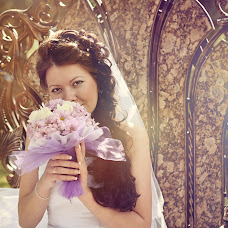 Wedding photographer Nika Stepanenko (Nika1706). Photo of 01.04.2014