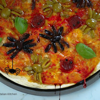 Halloween Spider Pizza your kids will love
