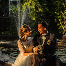婚禮攝影師Kirill Kravchenko(fotokrav)。13.09.2018的照片