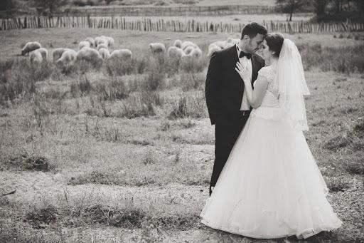 Fotograful de nuntă Marius Popescu (popescu). Fotografia din 07.09.2016