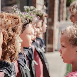 Dummy heads by Anne-Cecile Pflieger - People Street & Candids ( head, weird, children, street, girl )