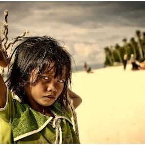 anak jalanan.. by Tuty Ctramlah - Babies & Children Child Portraits