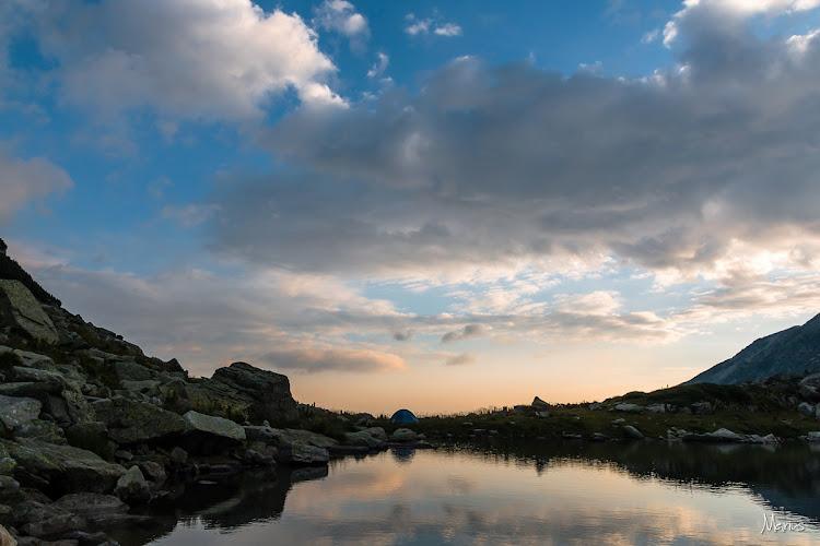 Răsărit la lacul Lung, foto Marius