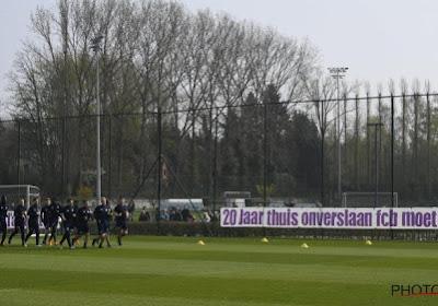 """Fan Anderlecht was enige bron van informatie tijdens top secret oefenmatch: """"Velen begrijpen niet dat ze zelf niet wat tweets of beelden konden verspreiden"""""""