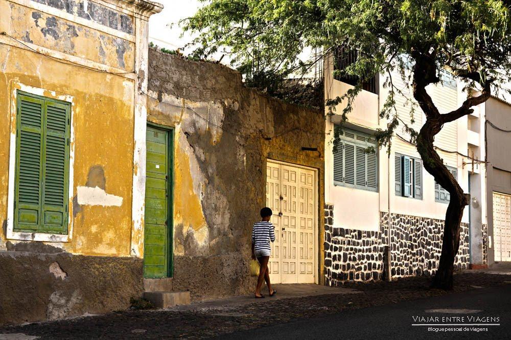 Mindelo, os cheiros, os sons e as cores de África (ilha de São Vicente) | Cabo Verde