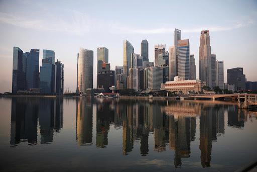 Should everyone in Singapore speak English?