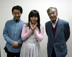 Photo: 2006年03月26日 こんのさん、牟田さんと  今年のお正月 ひとみさんのコンサートで御殿場へ、 終演後の一枚。