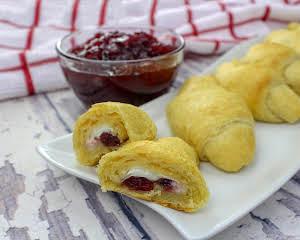Cranberry Cream Cheese Crescent Rolls