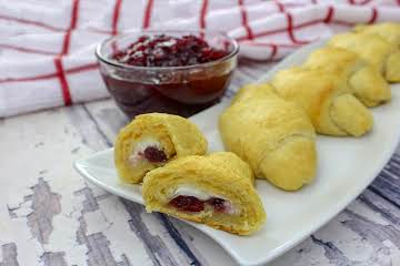 Cranberry Cream Cheese Crescent Rolls