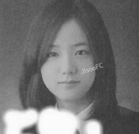 BLACKPINK-Jisoo-6