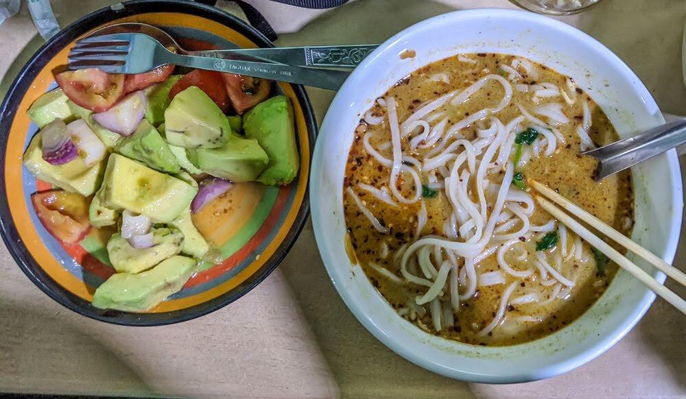 shan+noodle+soup+nyaungshwe+restaurant