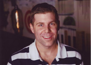 Photo: Shawn Collins at an OldTimers party during ad:tech 2008.