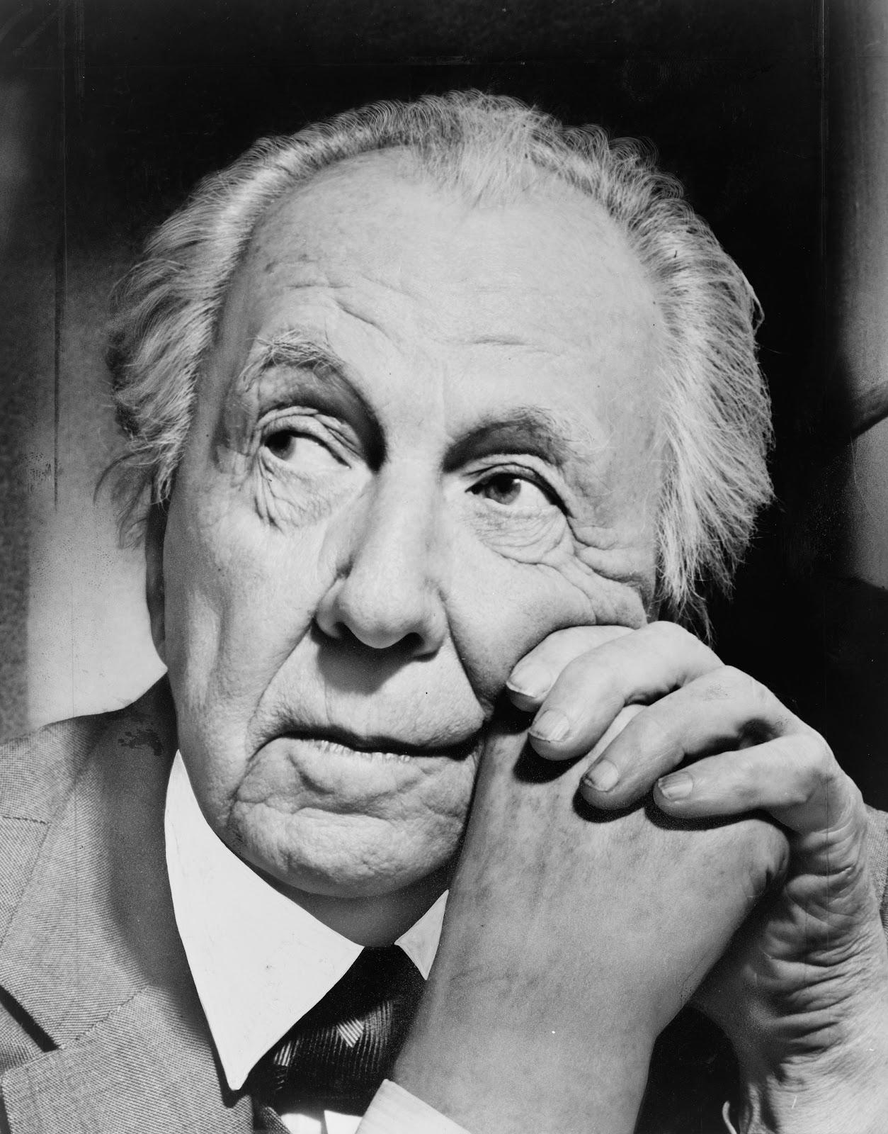 Frank Lloyd Wright - source: en.wikipedia.org