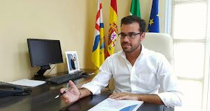 Álvaro Izquierdo, alcalde de Enix.