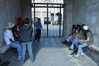 Photo: Puerta del BBVA en la calle San Francisco La extraordinaria casa Tristan del Pozo